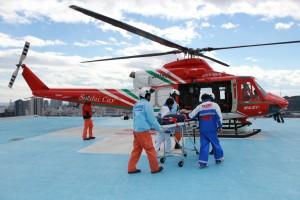ヘリコプターによる患者搬送訓練